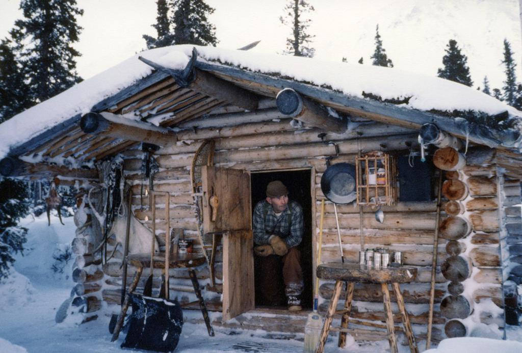 Зимовье в тайге: технология постройки сооружения своими руками