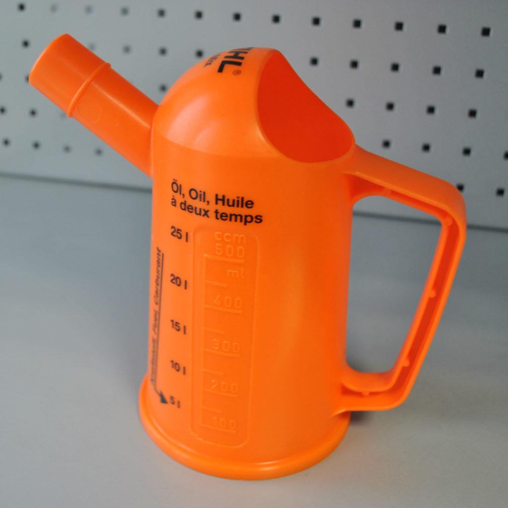Сколько масла в бензин