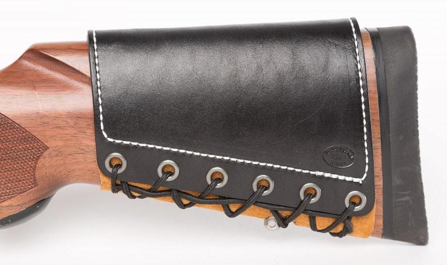 Приклад с декоративным кожаным чехлом и накладкой